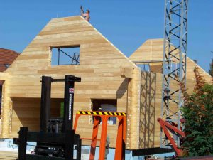 Hausbau: Holz-Blockhaus