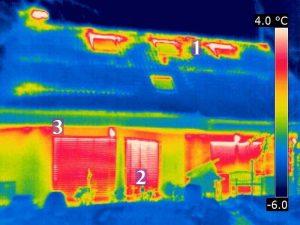Luftströmungen oberhalb von Dachflächenfenstern im ausgebauten Dachgeschoss