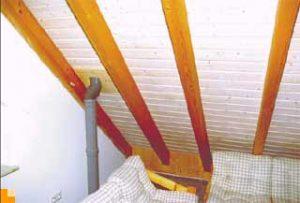 Ausgebautes Dachgeschoss mit unsichtbaren Luftströmungen